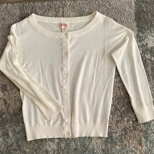 Nice soft stretchy off white 1/4 sleeve cardigan